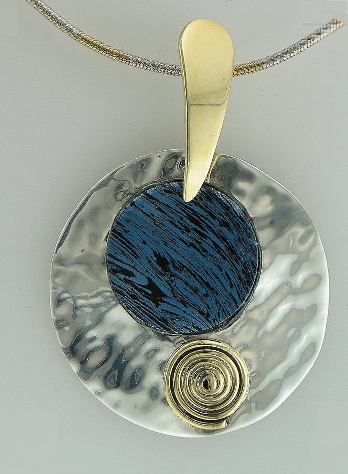 two tone pendant - cobalt2
